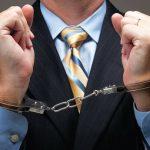 Приморский суд взял под стражу мошенника, завладевшего 3000 000 $