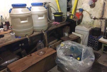 Одесситов травили фальсифицированным алкоголем: вся продукция изъята (ФОТО)