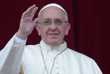 Двое заключённых сбежали во время обеда с Папой Римским