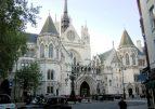 В Великобритании 12-летняя дочь оспорила в суде имя, данное ей отцом