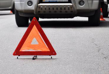Во Львове водитель Mercedes не пропустил пожарных и устроил серьезное ДТП (ФОТО)
