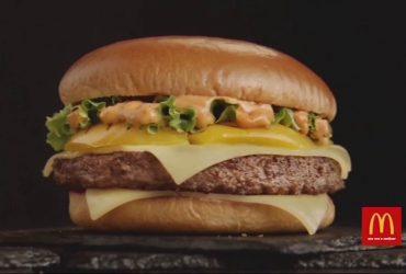 McDonald's оштрафовали за то, что они преувеличивали в рекламе размер бургеров