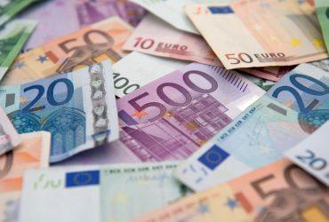 Россиянину дали в «обменнике» фальшивых 2 миллиона евро