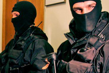 Столичному полицейскому, проводившему незаконный обыск, грозит тюремный строк